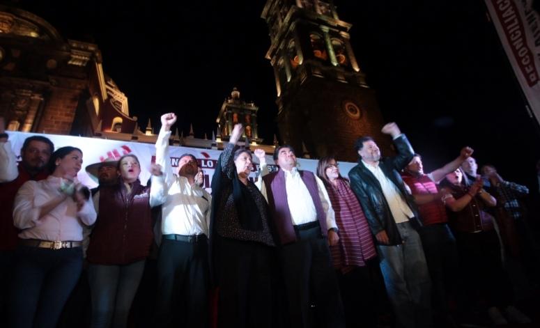 """""""VAMOS A CUMPLIR, NO LES VOY A FALLAR"""", AFIRMA MIGUEL BARBOSA DURANTE FESTEJO DE LA VICTORIA"""