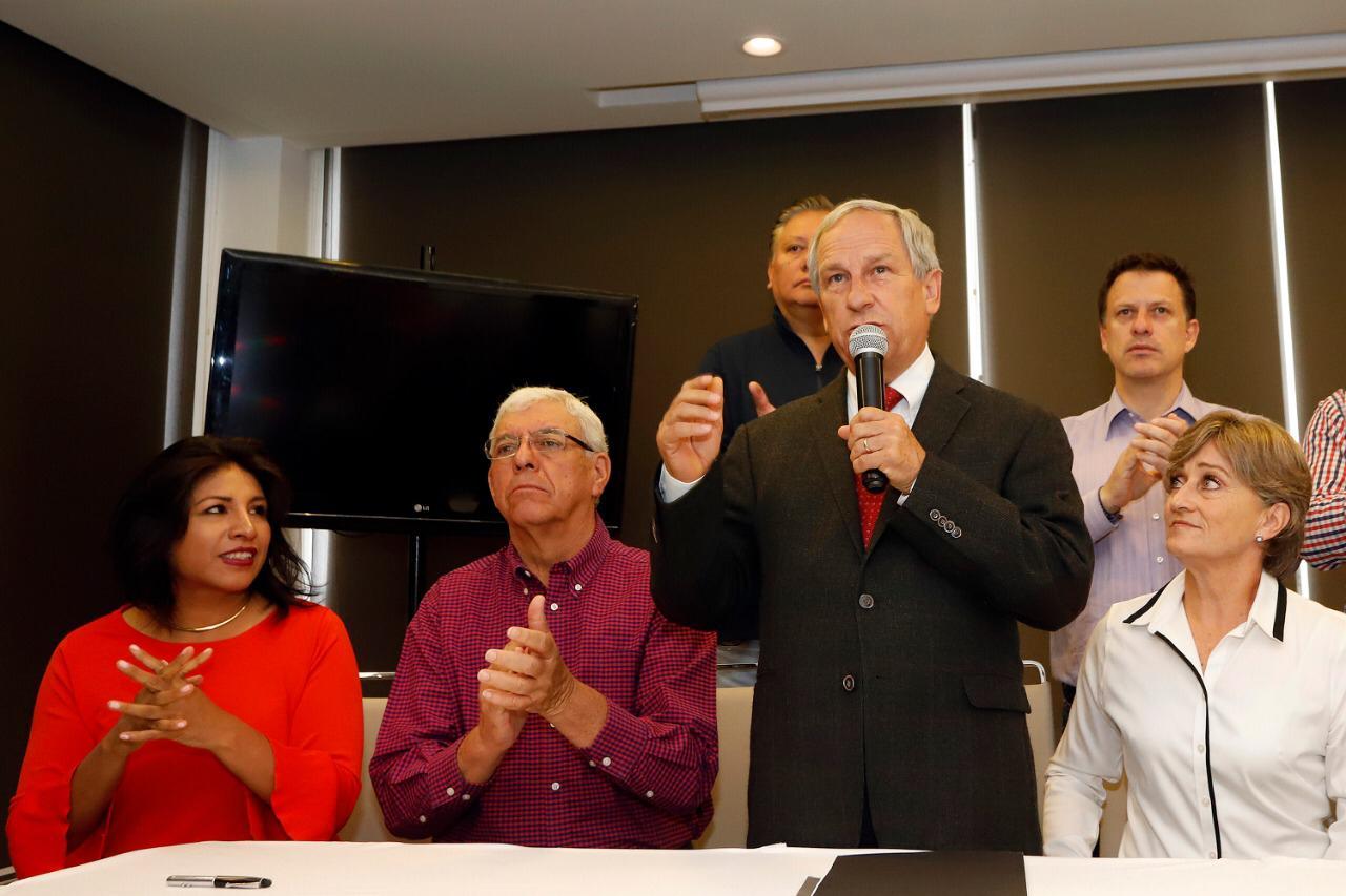 CÁRDENAS RECONOCE DERROTA Y EXIGE A LA CLASE POLÍTICA TERMINAR CON LOS EXCESOS