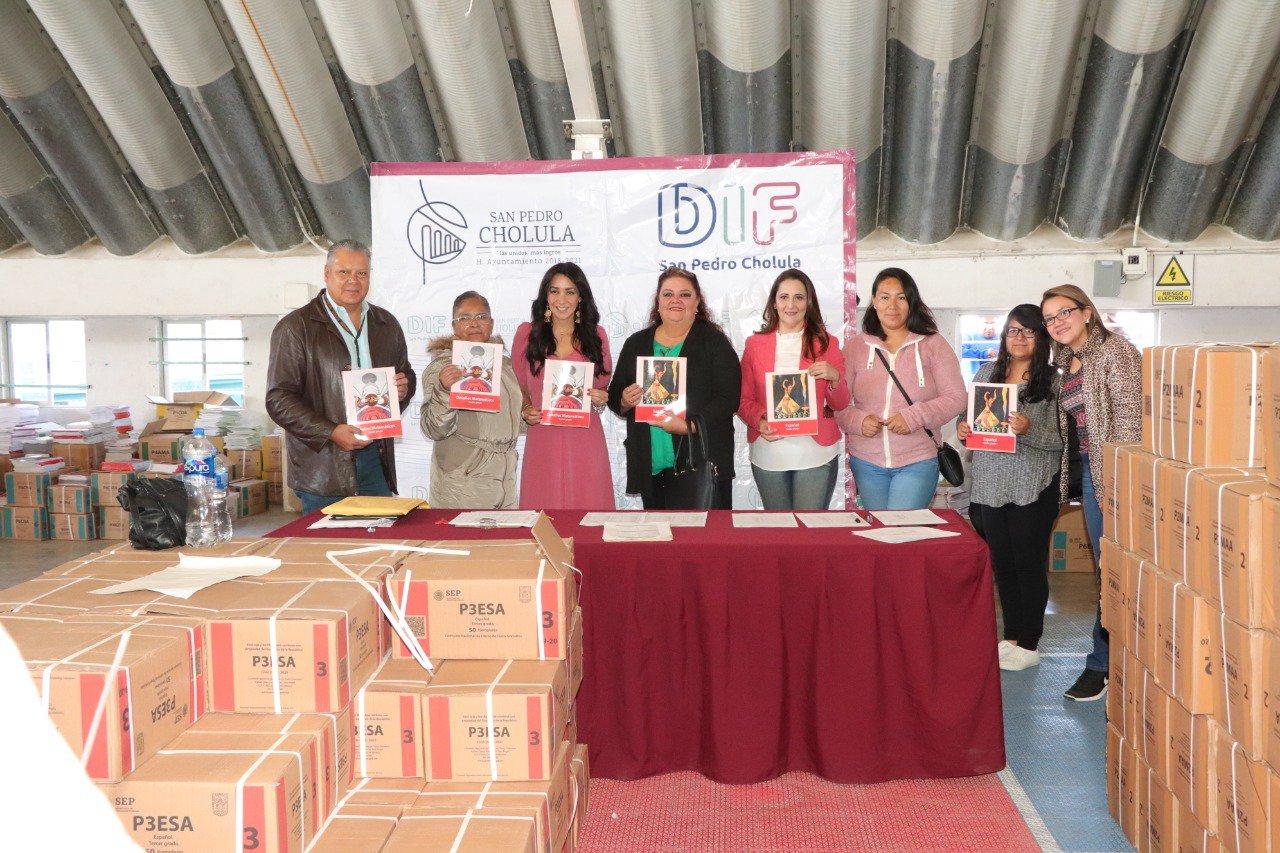 SE ENTREGAN MÁS DE 137 MIL LIBROS GRATUITOS PARA PRIMARIAS PÚBLICAS Y PRIVADAS DE SAN PEDRO CHOLULA