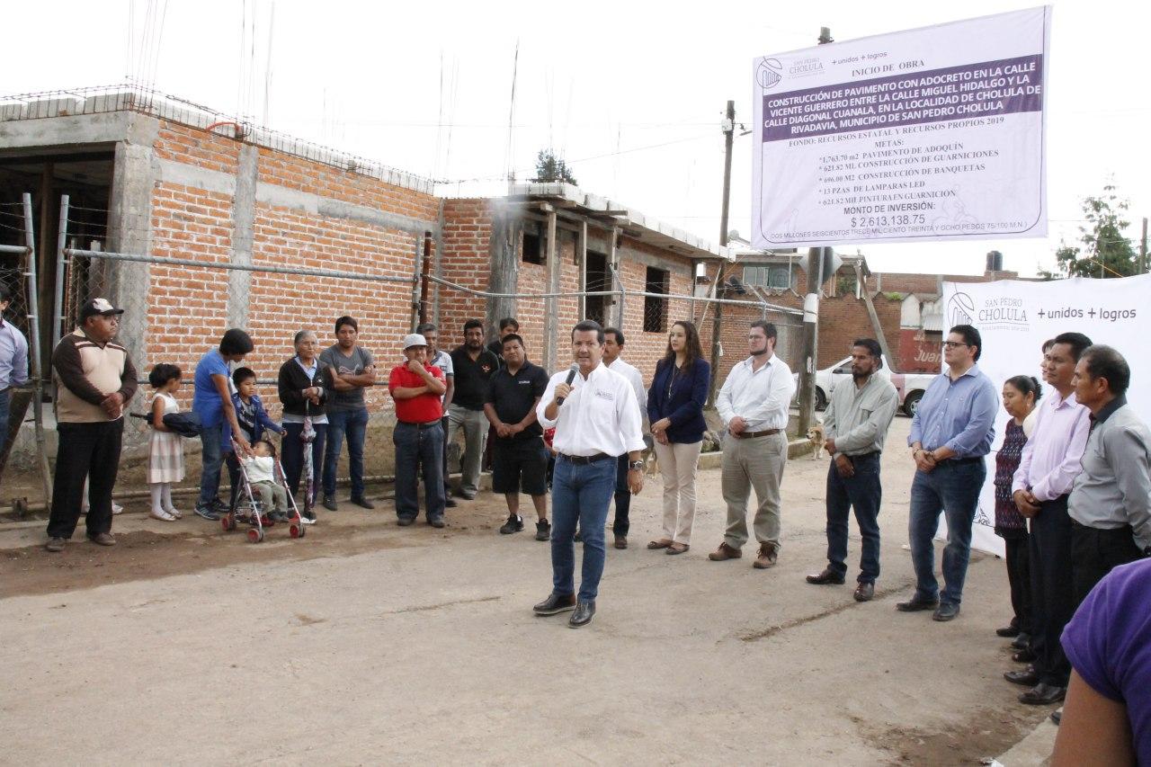 INVIERTE GOBIERNO DE SAN PEDRO CHOLULA EN INFRAESTRUCTURA URBANA PARA JUNTAS AUXILIARES