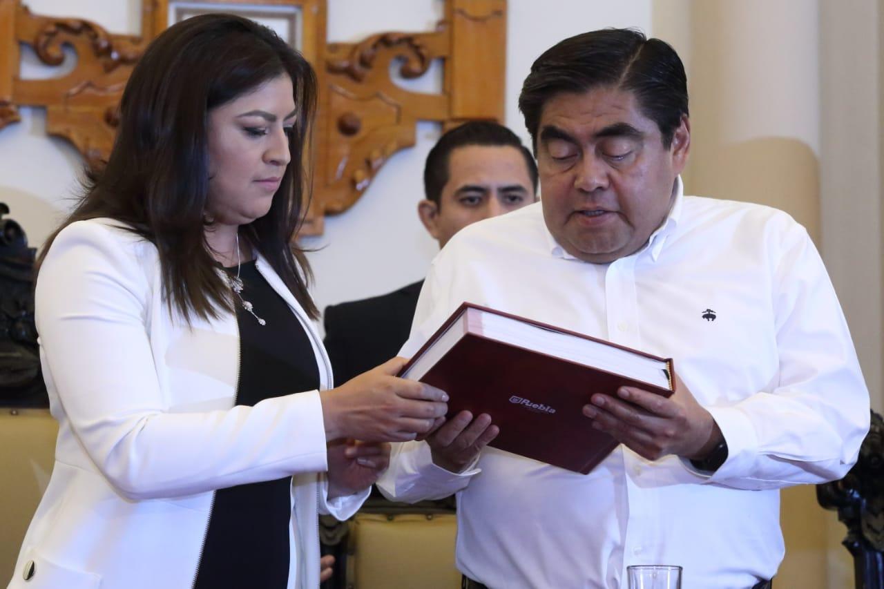 CLAUDIA RIVERA DEBE DENUNCIAR IRREGULARIDADES DE GOBIERNOS ANTERIORES ANTE LA FGE