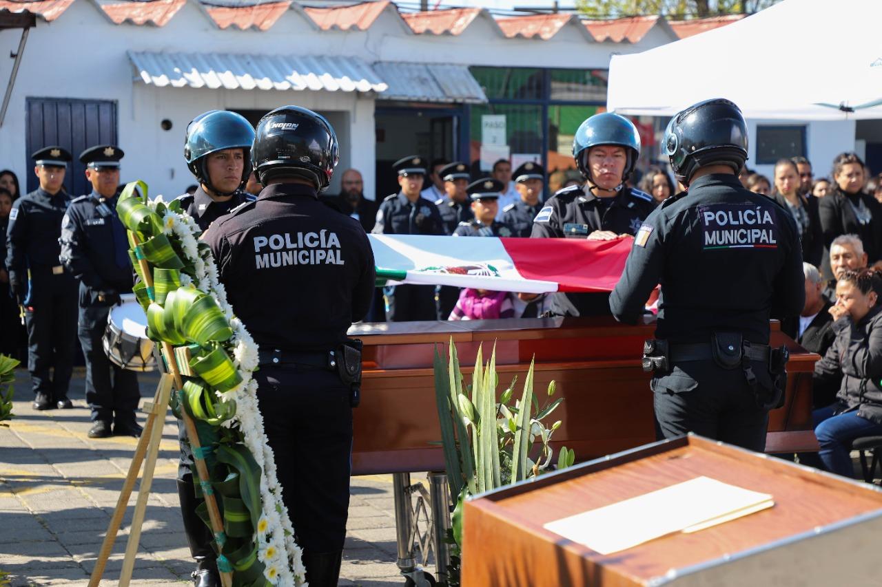 RINDIÓ SSC DE PUEBLA HOMENAJE PÓSTUMO EN MEMORIA DEL POLICÍA MUNICIPAL JESÚS HUMBERTO VÁZQUEZ OJEDA