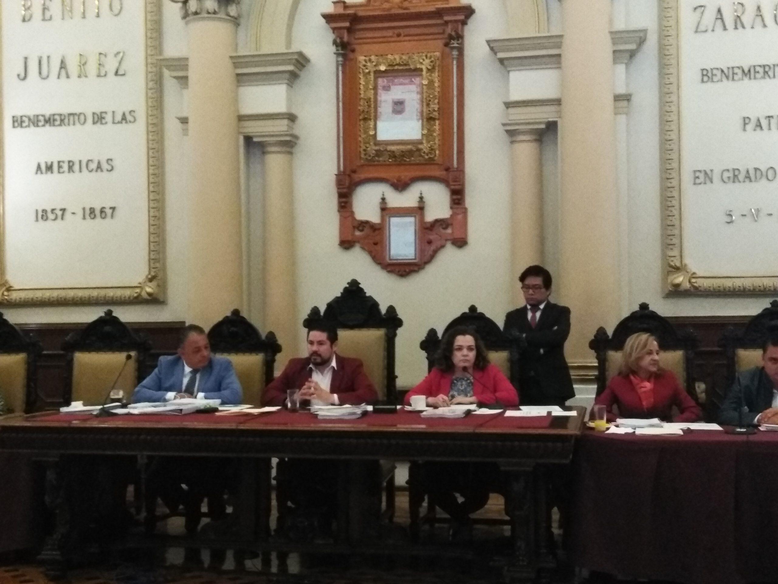 AYUNTAMIENTO ESTABLECE NUEVAS MULTAS Y SANCIONES PARA REGULAR EL COMERCIO EN VÍA PÚBLICA