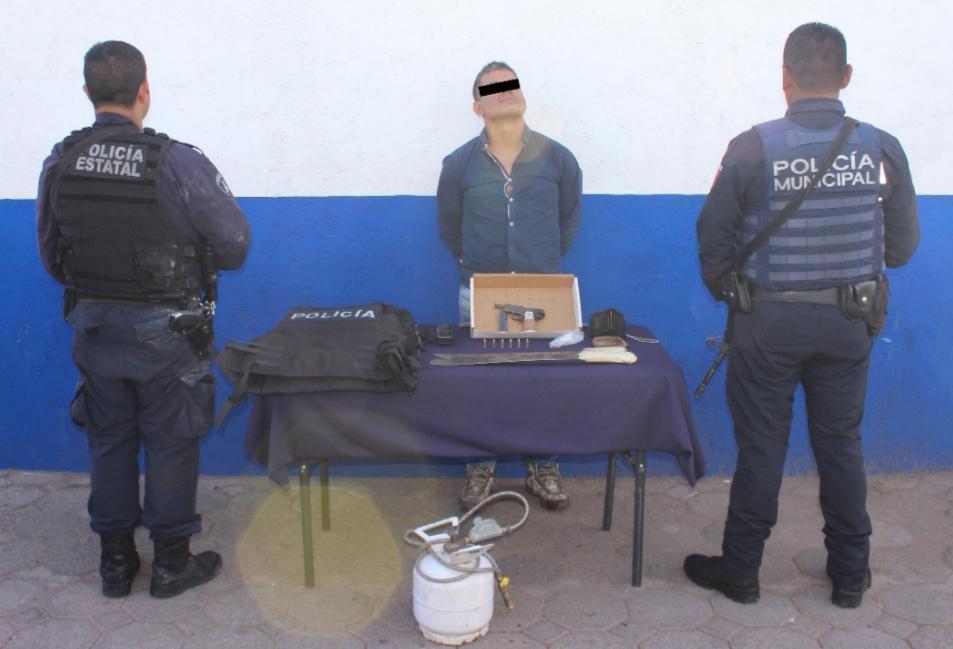 DETUVIERON POLICÍA ESTATAL Y MUNICIPAL DE PUEBLA A PROBABLE DELINCUENTE