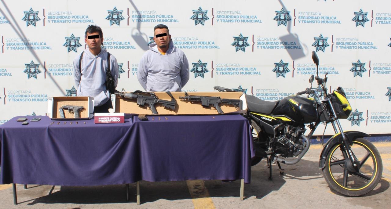 DETUVO POLICÍA MUNICIPAL DE PUEBLA A DOS HOMBRES POR HOMICIDIO Y LESIONES EN BOSQUES DE SANTA ANITA