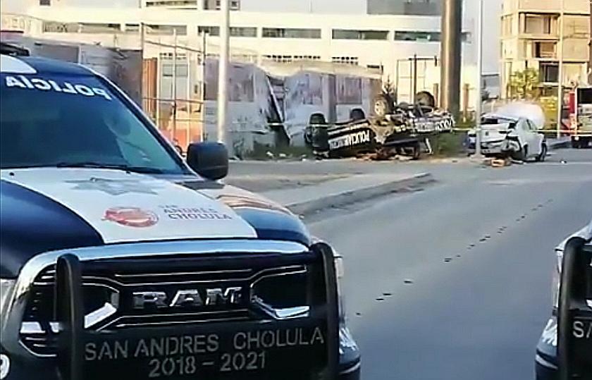 SAN ANDRÉS CHOLULA ATIENDE FUERTE ACCIDENTE EN LOMAS DE ANGELÓPOLIS