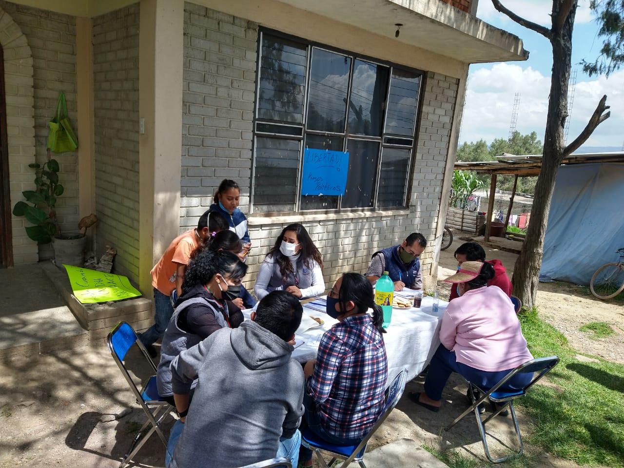 ACUDE OMBUDSMÓVIL AL MUNICIPIO DE AMOZOC PARARECABAR QUEJAS, ENTREVISTAS Y BRINDAR APOYO VICTIMOLÓGICOA LAS PERSONAS AGRAVIADAS EN LOS HECHOS RECIENTESDEL 23 DE JUNIO